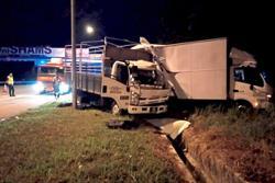 Driver killed, cop injured in crash