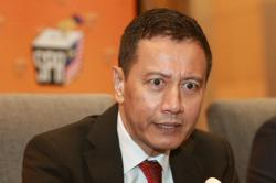 Art Harun's EC exit seen as move to Speaker's chair