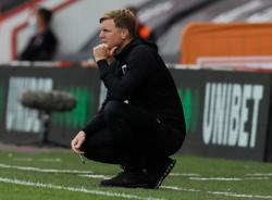 Bournemouth 'still in the fight', says Howe