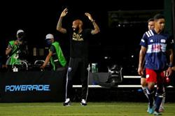 Impact boss Henry kneels for 8 minutes, 46 seconds at MLS game