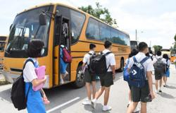 Dr Wee: RM600 special assistance each for 35,000 school bus drivers nationwide