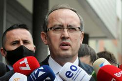 Serbia-Kosovo peace deal is possible, Vucic says