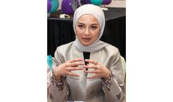Neelofa wants to help people fulfil Raya Haji duties