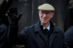 Jack Charlton, England World Cup winner and Irish hero, dies at 85