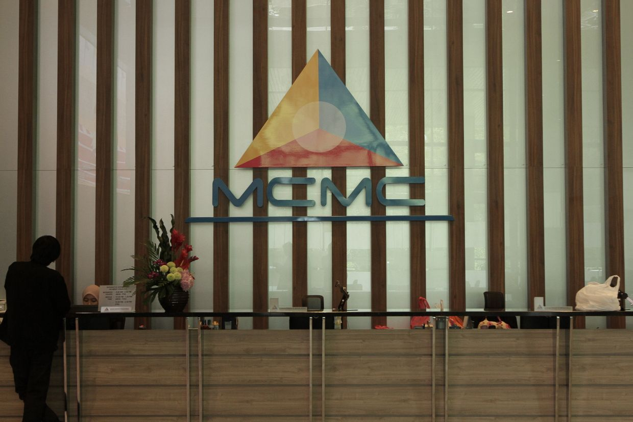 MCMC has issued compounds amounting to RM4.6mil toward telcos in 2020. — YAP CHEE HONG/The Star
