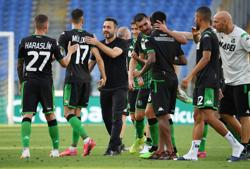 Sassuolo send second-placed Lazio to third successive defeat