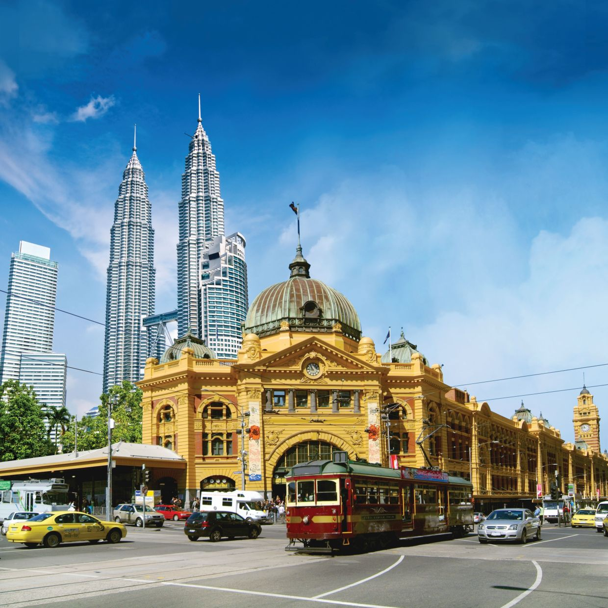 Sunway College provides the opportunity to students in Malaysia to experience world-class Australian education closer to home.