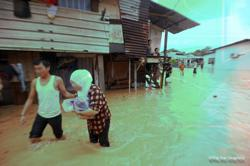 Flash floods hit five villages in Negri Sembilan, 308 affected