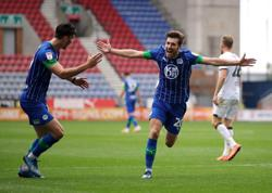 Wigan hammer struggling Hull 8-0, West Brom draw with Fulham