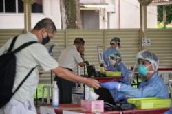 Singapore reports 249 new Covid-19 cases, including 16 in community
