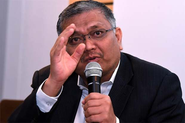 Minister of Energy and Natural Resources Datuk Dr Shamsul Anuar Nasarah (pic) said although the companies had faced delays in implementing the projects due to the imposition of the Movement Control Order, they are expected to achieve financial closure before year-end.
