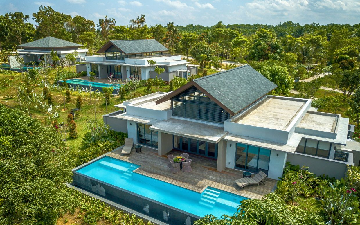 The Amani Orchard Pool Villas afford guests a palatial setting.