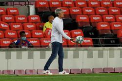 Rusty Barca still can win Champions League - coach Setien