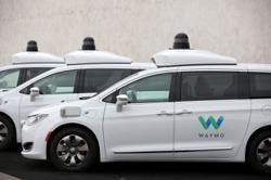 Waymo, Fiat Chrysler expand autonomous vehicle partnership