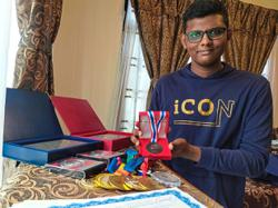 Cousins win award for invention in virtual contest