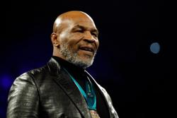 Tyson to return to ring for exhibition against Roy Jones Jr