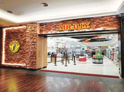 Retailer celebrates opening of 30 new stores this weekend