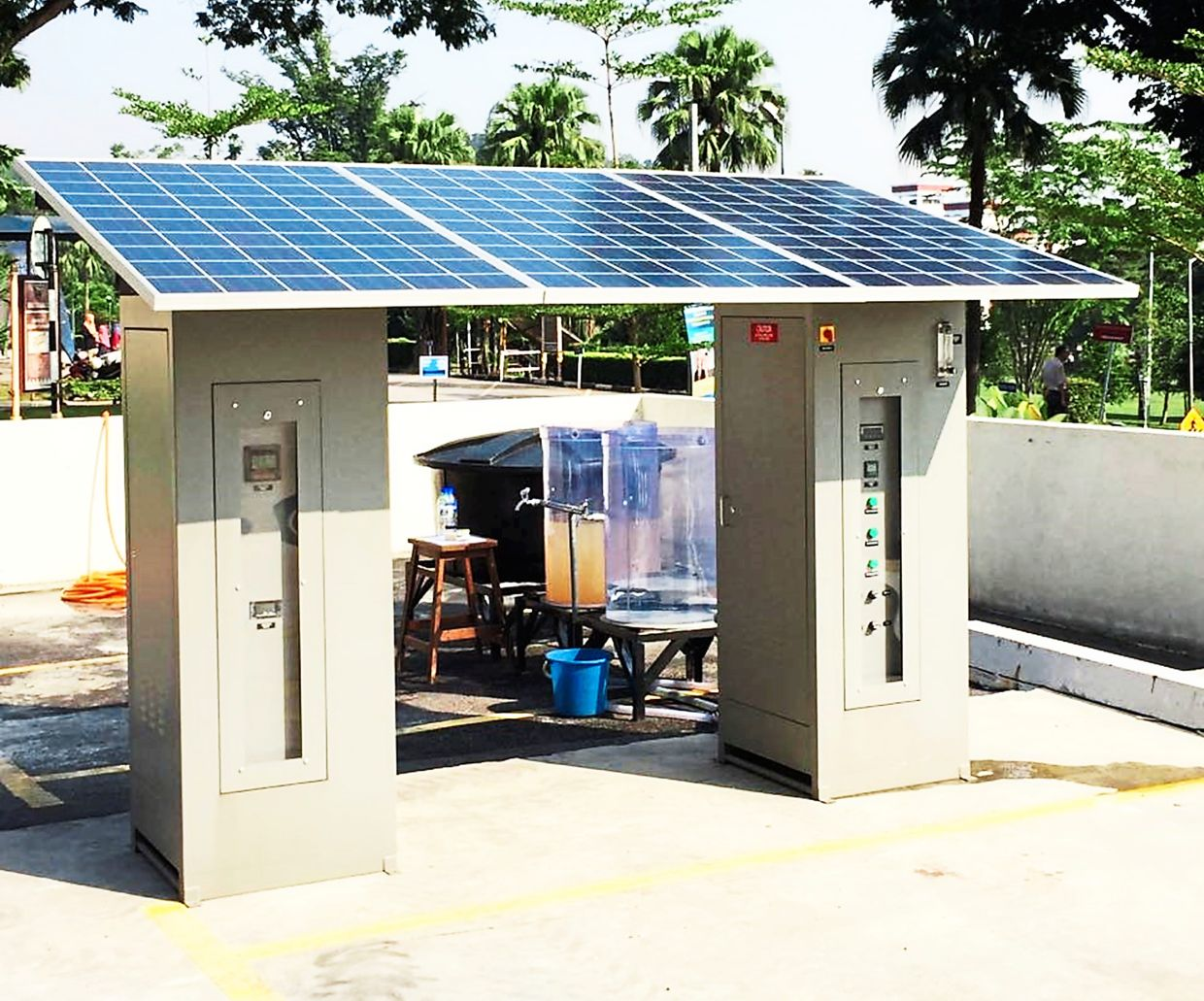 The award-winning solar-powered ultrafiltration system that produces clean water for flood victims and communities in remote areas. Photo: Mohamed Kheireddine Aroua