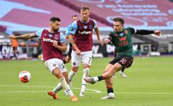 Villa survive with tense draw at West Ham