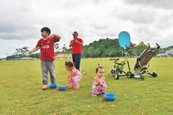 Brunei's fertility rate falling, life expectancy up
