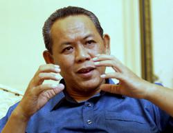 Negri Sembilan PKR welcomes move to claim RM10mil each from defectors
