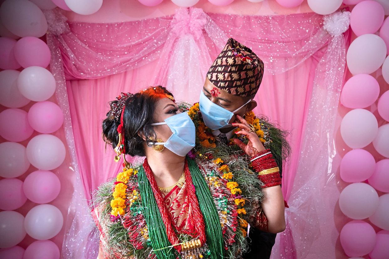 When planning a wedding during a pandemic, the soon-to-wed couple should prioritise the health and safety of their guests.