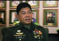 Philippines' Duterte names new armed forces chief of staff