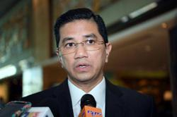 Azmin: PKR's move to claim RM10mil 'lacking intelligence'
