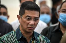 Azmin says he met Dr M at Putra Mosque just to convey Hari Raya Haji greetings