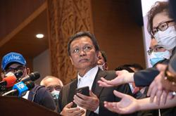 Shafie leaves it to Sabah AG to handle legal bid to stop Sabah polls