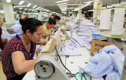 Vietnam's factory activity steps back in July amid Covid-19 impacts