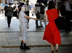 Proponent of Abenomics blasts Japan's tourism campaign as pandemic rages on