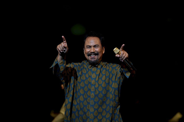 Legendary singer-songwriter M.Nasir on stage at Istana Budaya's Konsert New Normal. Photo: Bernama