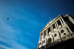 BoE avoids repeat of 2008 schism for now