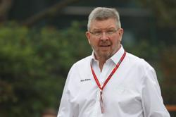 Brawn hails Hamilton's 'mind-blowing' three-wheeled win