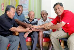 King and players pay tribute to the 'Machine' Krishnasamy