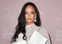 Rihanna assures fans much-anticipated 9th album 'will be worth the wait'