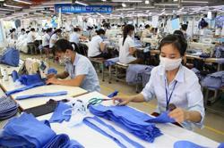 Vietnam's garment exports decline 12.1 per cent in seven months