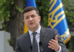 Ukraine leader hopes Minsk will hand over suspected Russian mercenaries to Ukraine