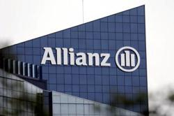 Allianz Q2 net profit declines