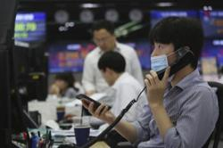 Asia markets mixed as traders weigh stimulus, China-US tension