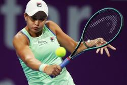 Barty promotes tennis in indigenous communities