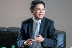 Thai banking exec Predee Daochai named new finance minister