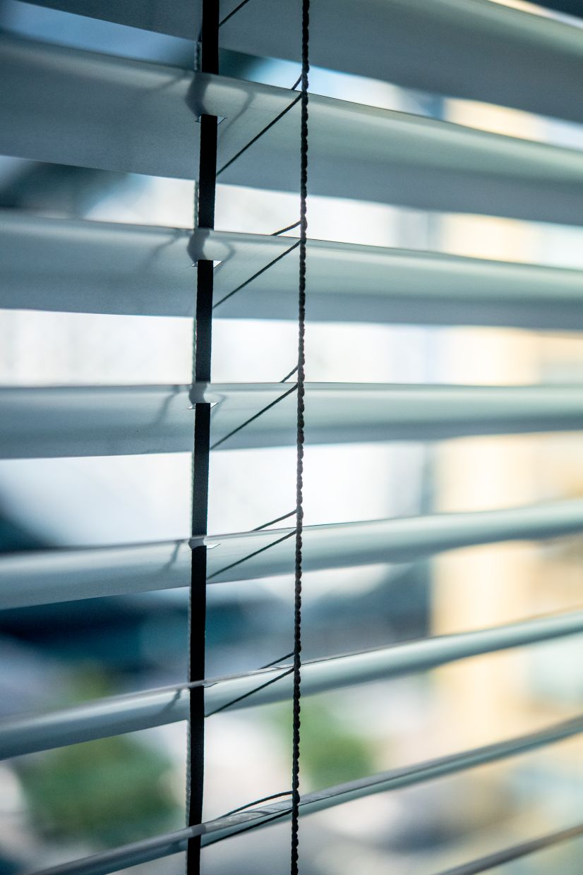 Shading systems, such as automatic blinds, provide excellent protection against the heat that radiates from direct sunlight in homes.