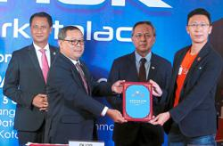 Johor Mentri Besar encouraged by increase in use of e-commerce platforms and online purchases