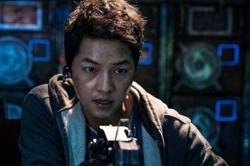 Soong Joong-ki is out of this world in new 'Space Sweepers trailer