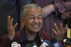 Dr M announces new 'independent' Malay party