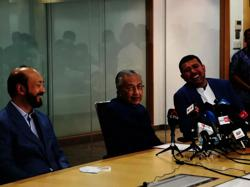 Dr M announces new 'independent' Malay party (updated)