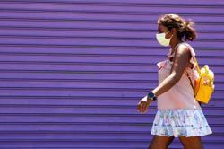 U.S. surpasses 160,000 coronavirus deaths as school openings near