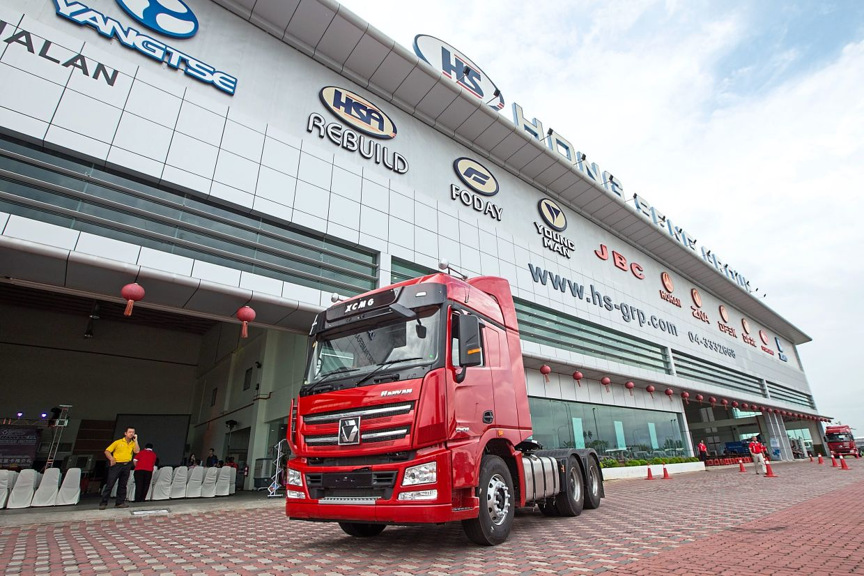 The XCMG Hanvan lorry seen here at the Hong Seng Group showroom.